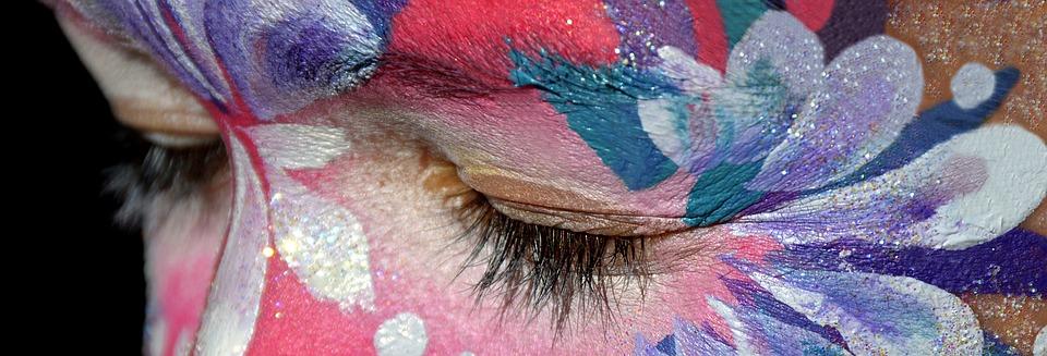 Rimozione del make up: importante anche con il trucco più complesso!